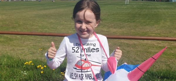 Schoolgirl Walks 52 Miles Dressed as Unicorn for Charity
