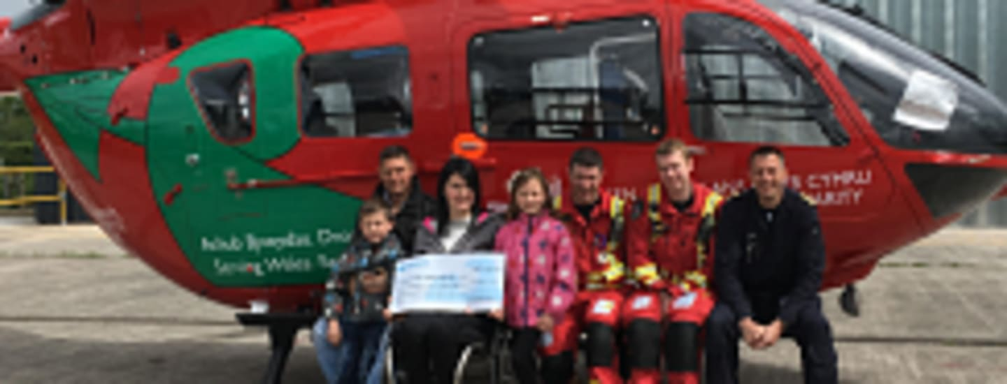 NORTH WALES COUPLE DONATE WEDDING GIFTS TO WALES AIR AMBULANCE
